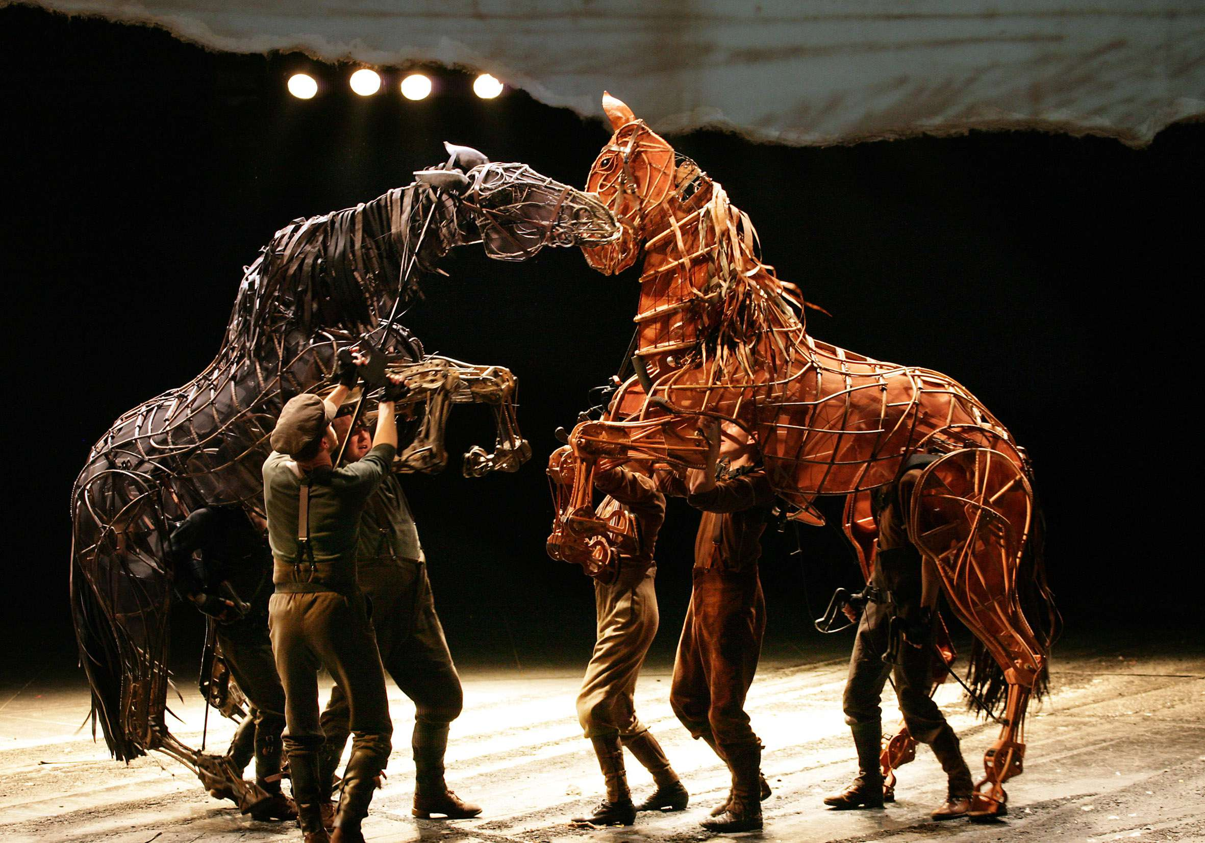 One of the London Stage's newest puppetry phenomenas, Warhorse has expanded the world of puppetry.