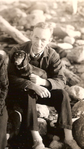 EB_White_and_his_dog_Minnie (1)